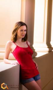 Nicole G (28)